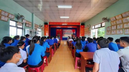 Chi đoàn thôn Hương Quế Đông tổ chức lễ kỷ niệm 90 năm ngày thành lập Đoàn