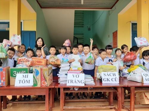 Liên Đội TH Đông Phú: Sôi nổi các hoạt động