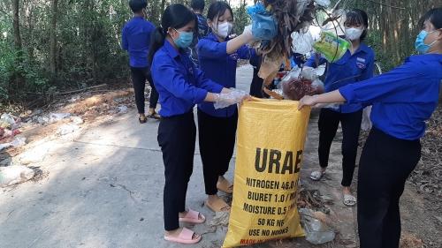 Quế Sơn: đồng loạt tổ chức các hoạt động nhân Ngày Môi trường Thế giới 05/6