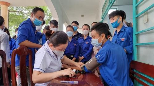 Tuổi trẻ Quế Sơn tích cực tham gia hiến máu tình nguyện
